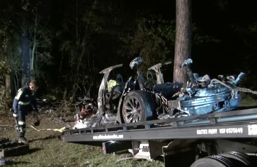 Tesla with 'no driver' involved in deadly Texas crash